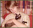Indries Krisztián: Nálatok, laknak-e állatok?
