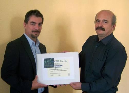"""Az """"Öngyilkosság Megelőzéséért"""" díj idei, 2015-ös kitüntetettje: Dr. Veres Előd"""